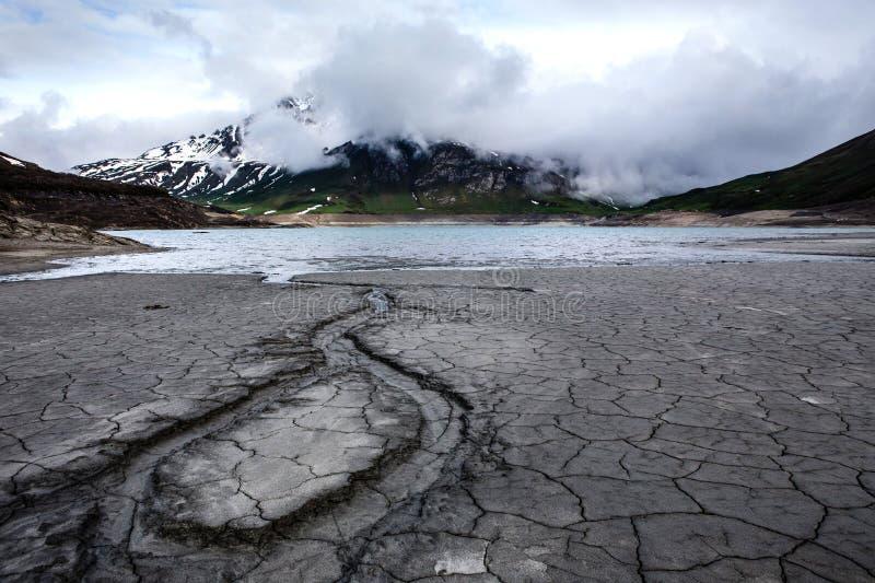 Озеро Mont Cenis пустое стоковое фото