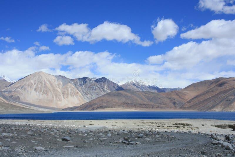 Озеро Pangong в ladakh стоковое фото rf