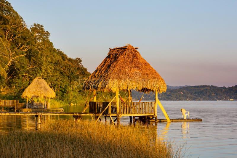 Озеро Peten стоковые изображения