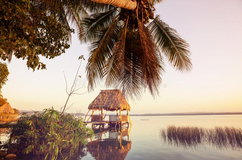 Озеро Peten стоковое фото rf