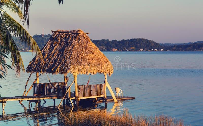 Озеро Peten стоковые изображения rf