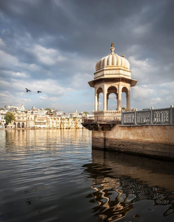 Озеро Pichola в Индии стоковое фото rf