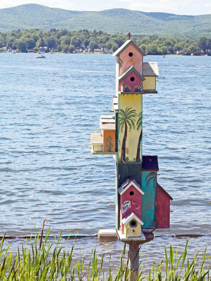 Озеро Pontoosuc Birdhouses стоковая фотография rf