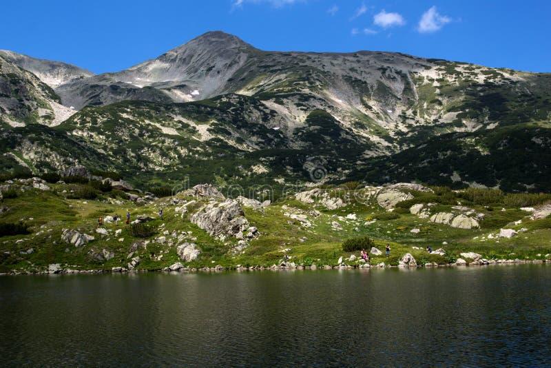 Озеро Popovo, гора Pirin стоковые фото