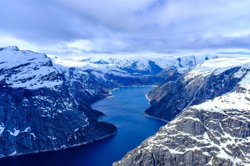 Озеро Ringedalsvatnet стоковые изображения rf