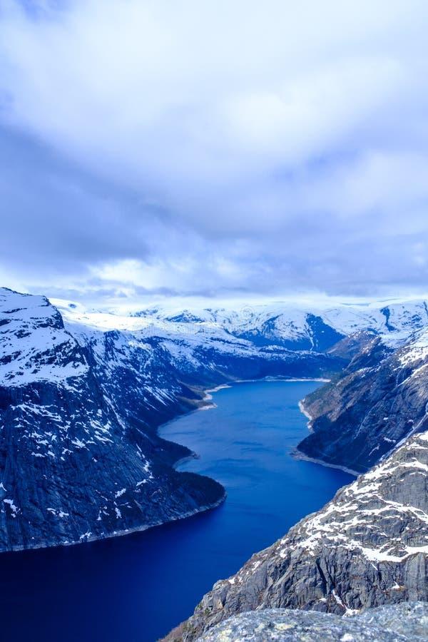 Озеро Ringedalsvatnet стоковые фотографии rf