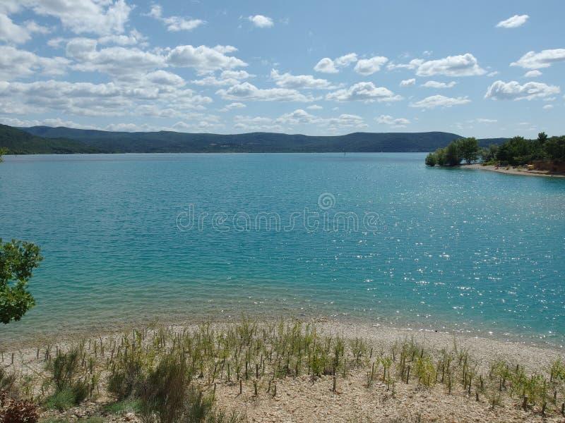 Озеро Sainte croix du verdon, Провансаль стоковая фотография rf