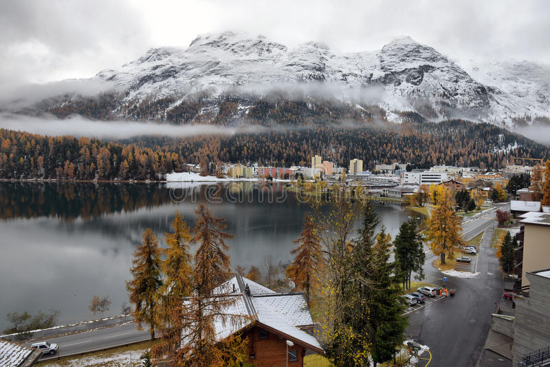 Озеро St Moritz в осени стоковые изображения rf