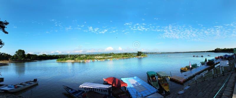Озеро Sukhna стоковое изображение rf