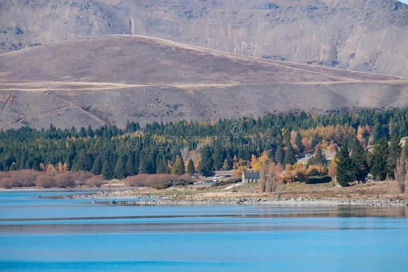 Озеро Tekapo и церковь хорошего чабана, Новая Зеландия стоковая фотография rf
