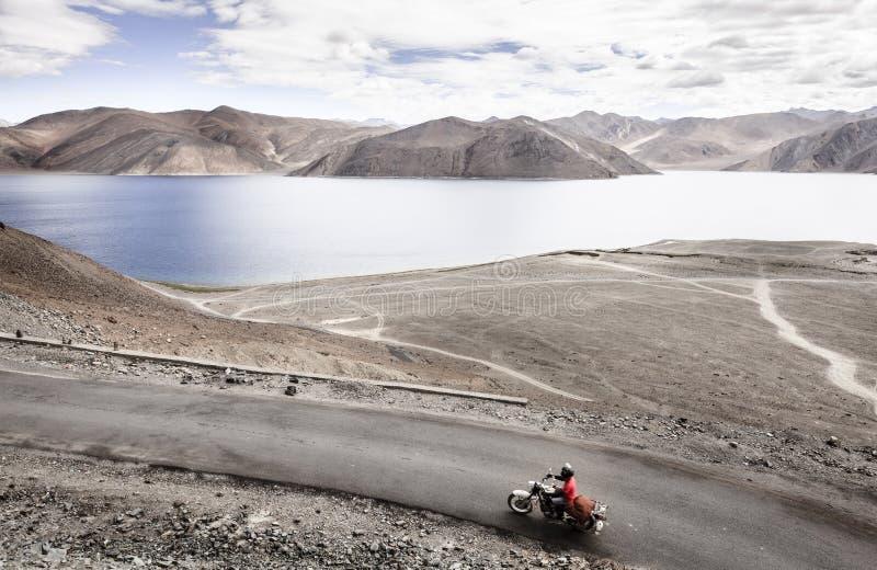 Озеро Tso Pangong стоковая фотография