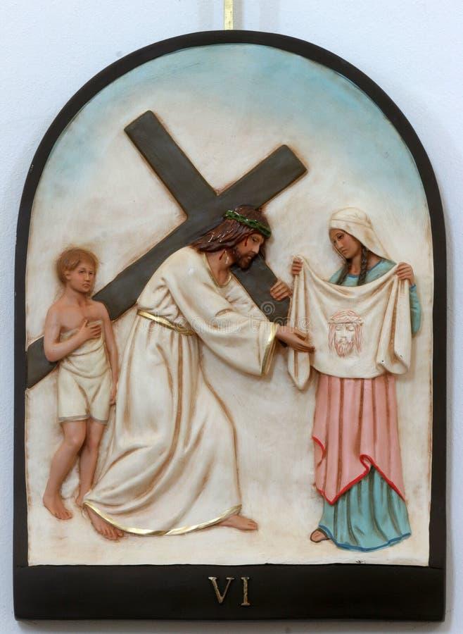 6-ой крестный путь, Вероника обтирает сторону Иисуса стоковая фотография
