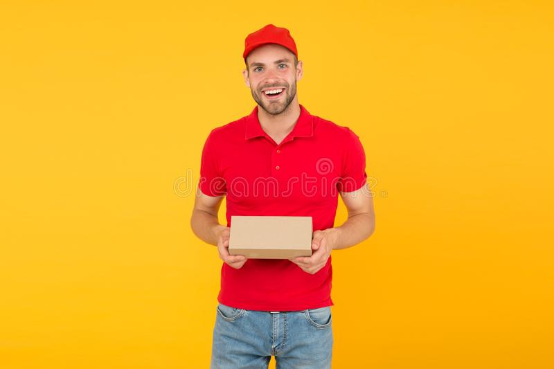 Оказание услуг доставки курьера Карьера продавца и курьера Курьер и обслуживание доставки Работник доставки почтальона r стоковые изображения rf
