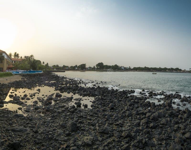 Океанский бассейн на тропическом острове Sao Tome стоковые изображения rf