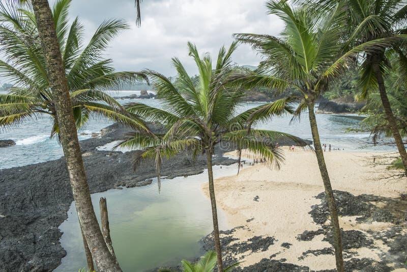 Океанский бассейн тропического острова Sao Tome стоковое изображение