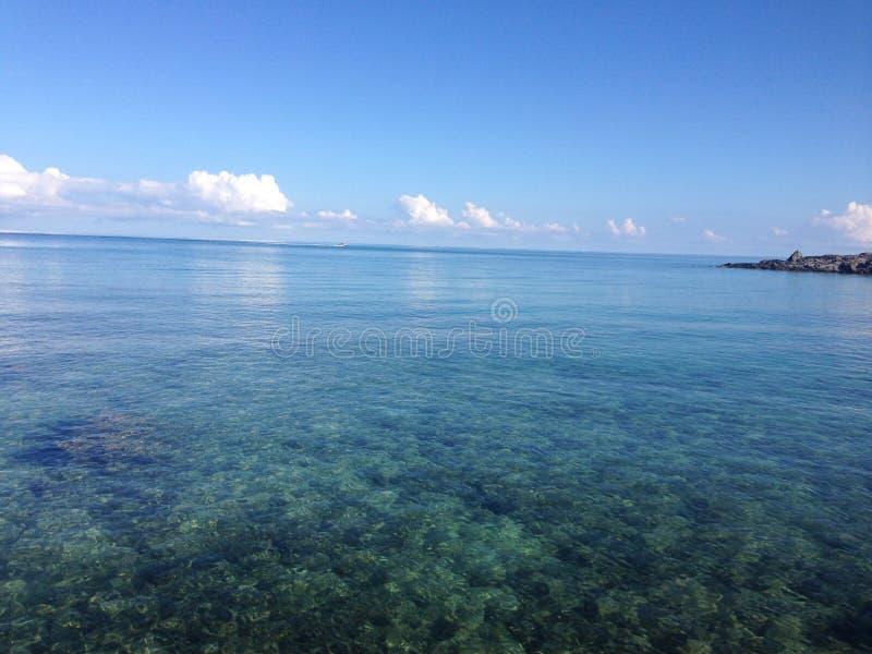 Океан бирюзы, Бермудские Острова стоковая фотография rf