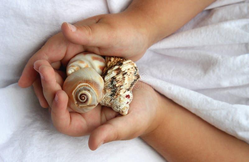 Download океан 2 подарков стоковое фото. изображение насчитывающей ангстрома - 1192922
