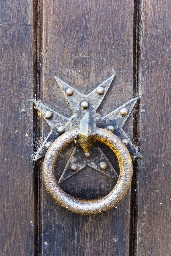 Окисленный дверной звонок стоковые фото