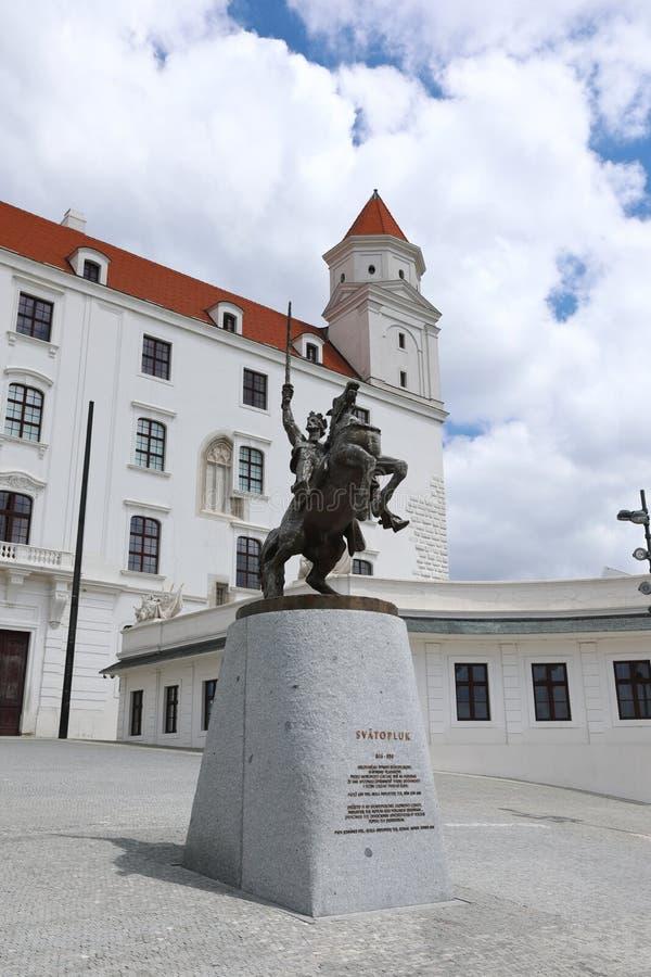 Оклик Братиславы построен на наклонах Карпатов, превосходный взгляд долины Дуная раскрывает отсюда стоковая фотография