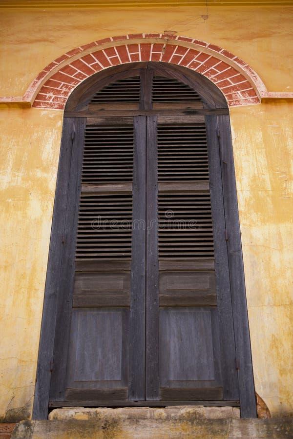 окна дверей стоковые фотографии rf