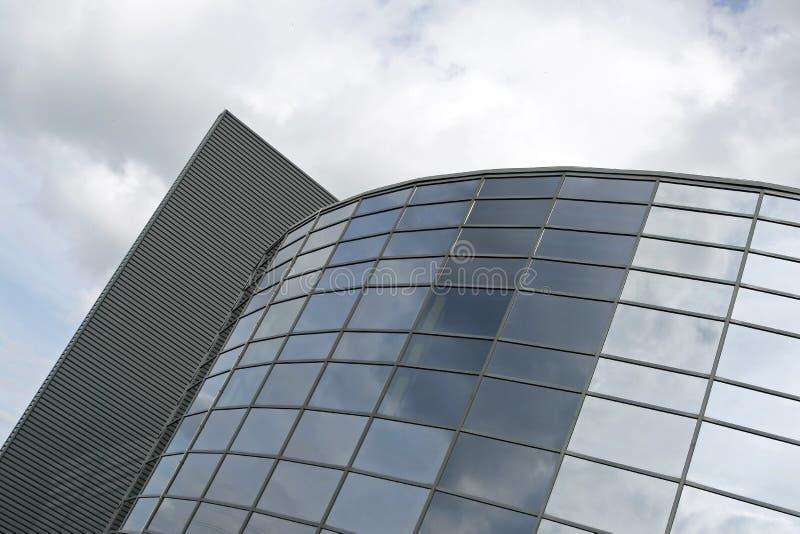 окна неба отражений офиса стоковое фото rf
