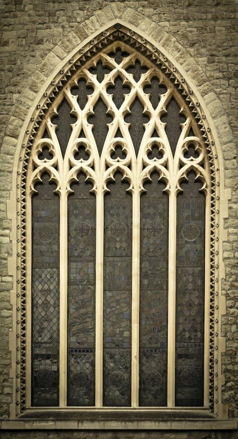 окна церков средневековые стоковые изображения