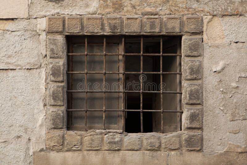 Окно запертое ренессансом в Бергаме, Италии стоковые фото