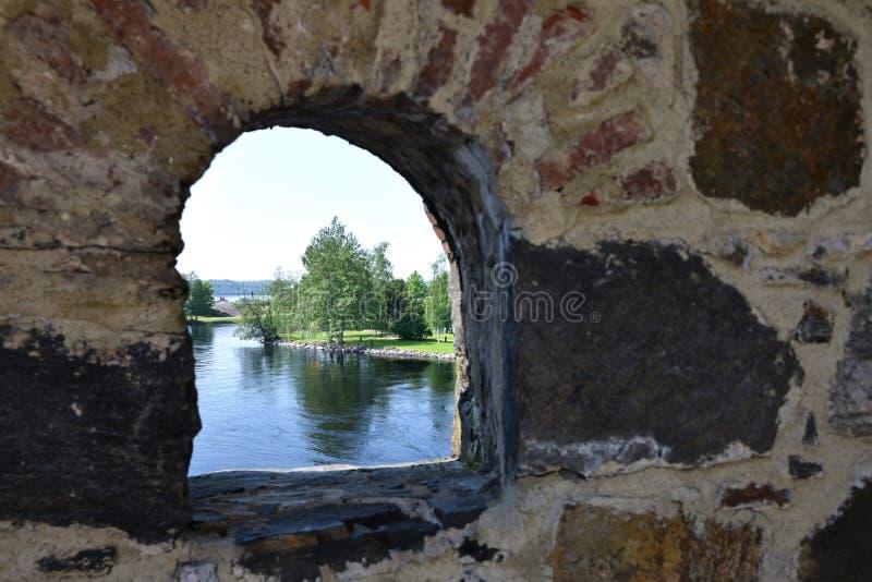 Окно к финской природе лета стоковые фотографии rf