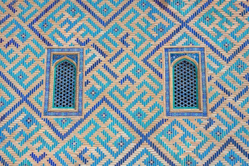 Окно мавзолея Turkistan, Казахстана стоковые фотографии rf