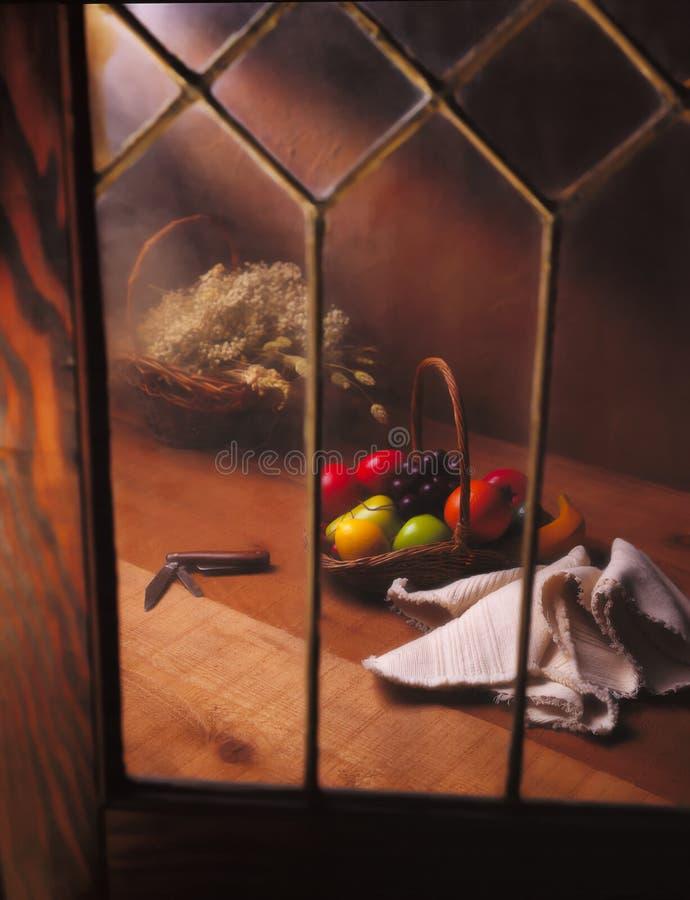 окно плодоовощ корзины стоковые изображения