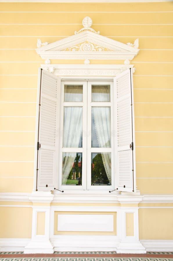 окно сбора винограда стоковые фото
