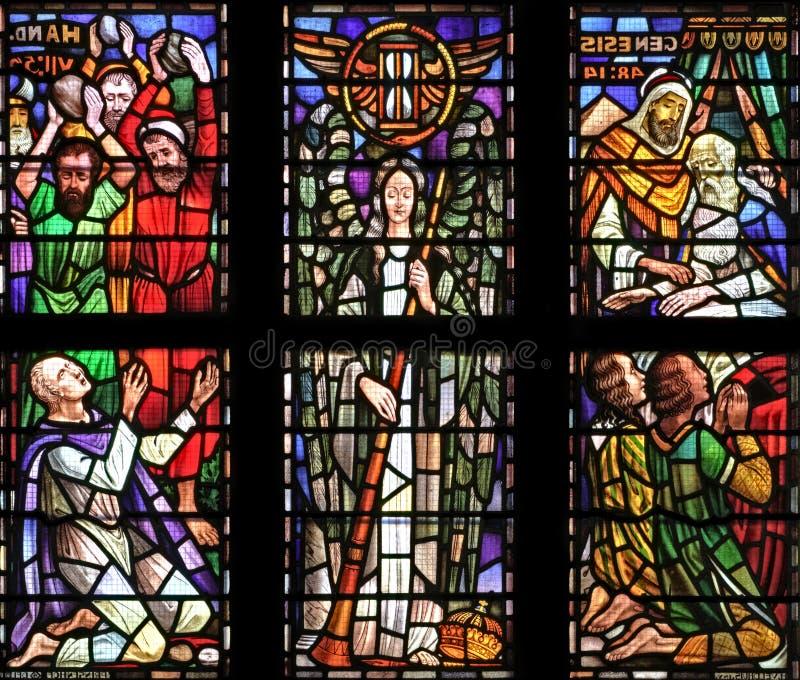 окно собора стоковые фотографии rf