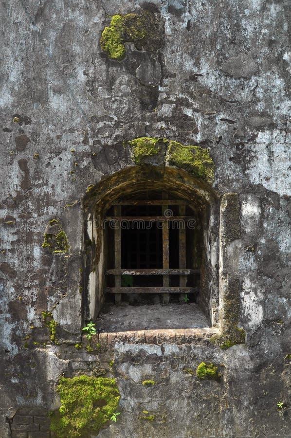 Окно старых зданий стоковые изображения rf
