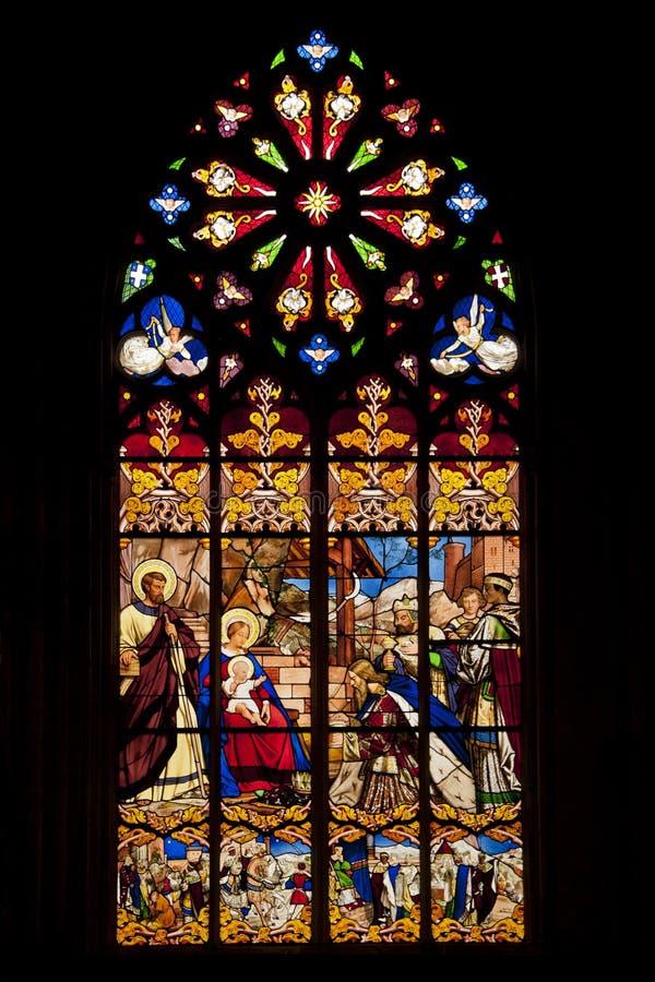 Окно цветного стекла в святой gatien стоковая фотография