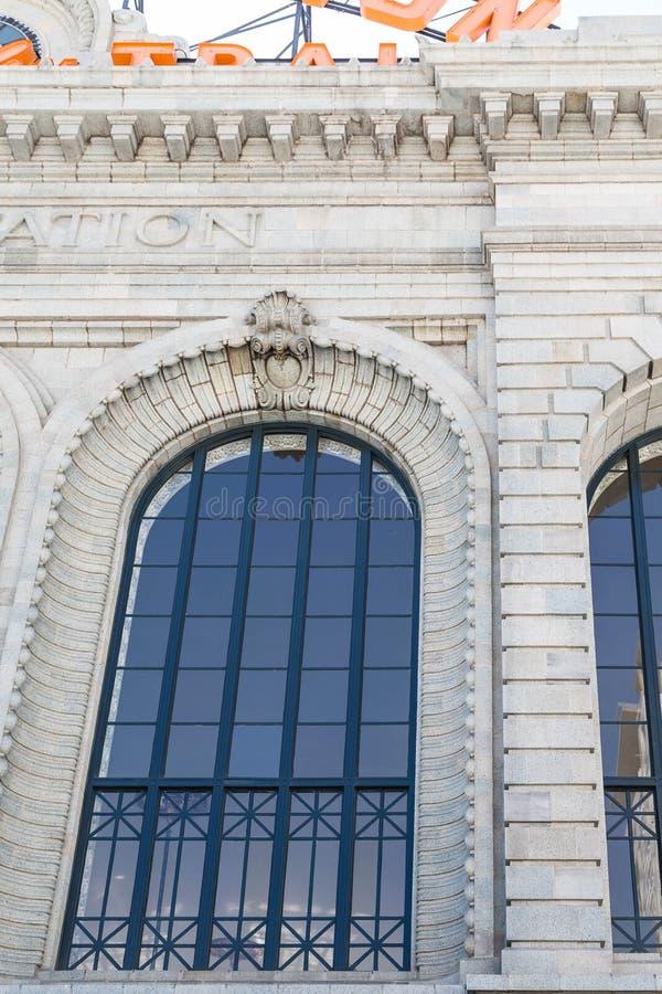 Окно Paladium на станции соединения в Денвере стоковое изображение