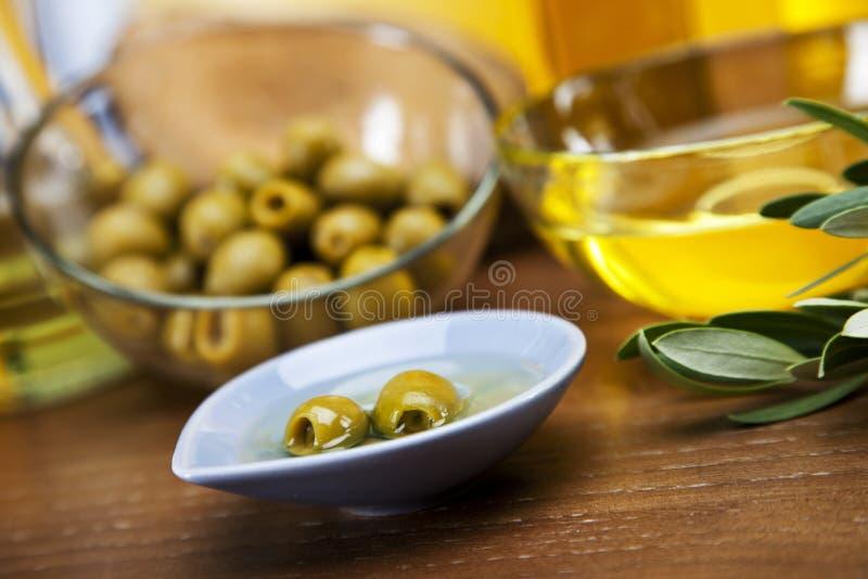 Оливки в крупном плане масла стоковые фото
