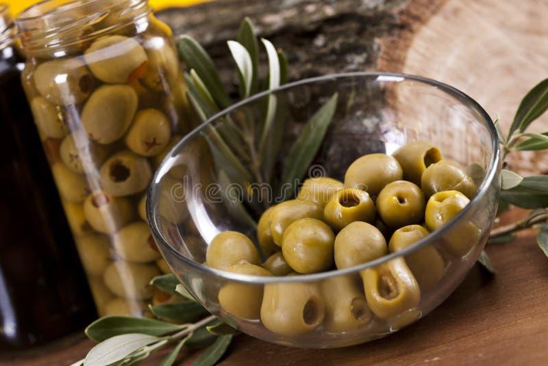Оливки в масле стоковые изображения