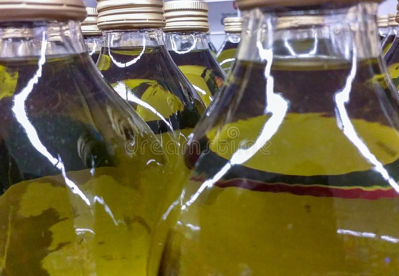 Оливковое масло пищевое масло извлеченное от оливок, это плоды europaea маслины оливкового дерева Девственный тип obtaine стоковое фото