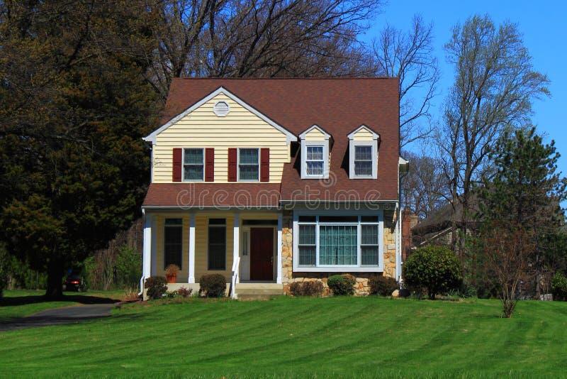 дом светя малой зиме солнца стоковое фото