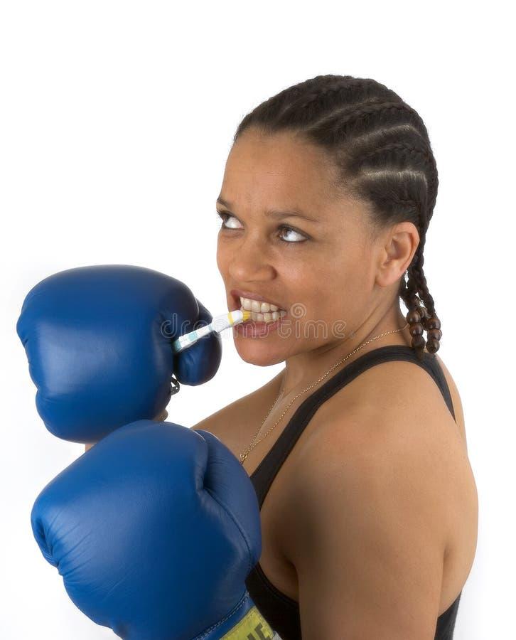 Download она защищая зубы стоковое изображение. изображение насчитывающей кладя - 86089
