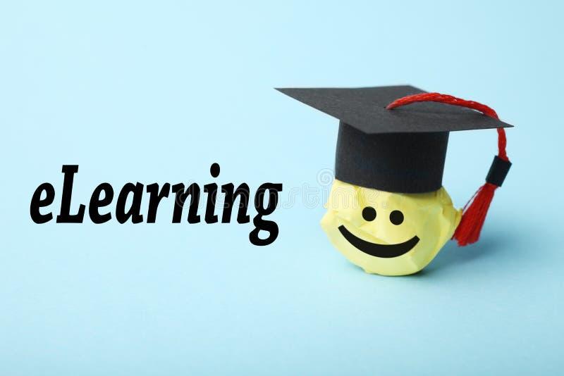 Онлайн учить, концепция образования интернета Технология цифров webinar ELearning стоковые фотографии rf
