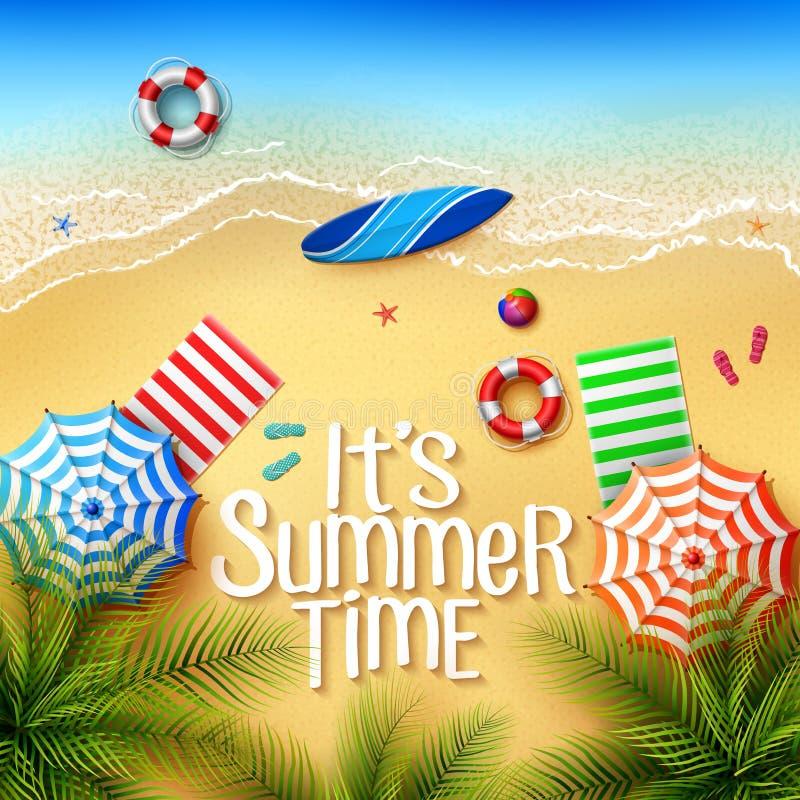 Оно временя ` s Взгляд вещества на пляже - зонтиков, полотенец, surfboards, шарика, lifebuoy, тапочка и морские звёзды на солнечн иллюстрация штока