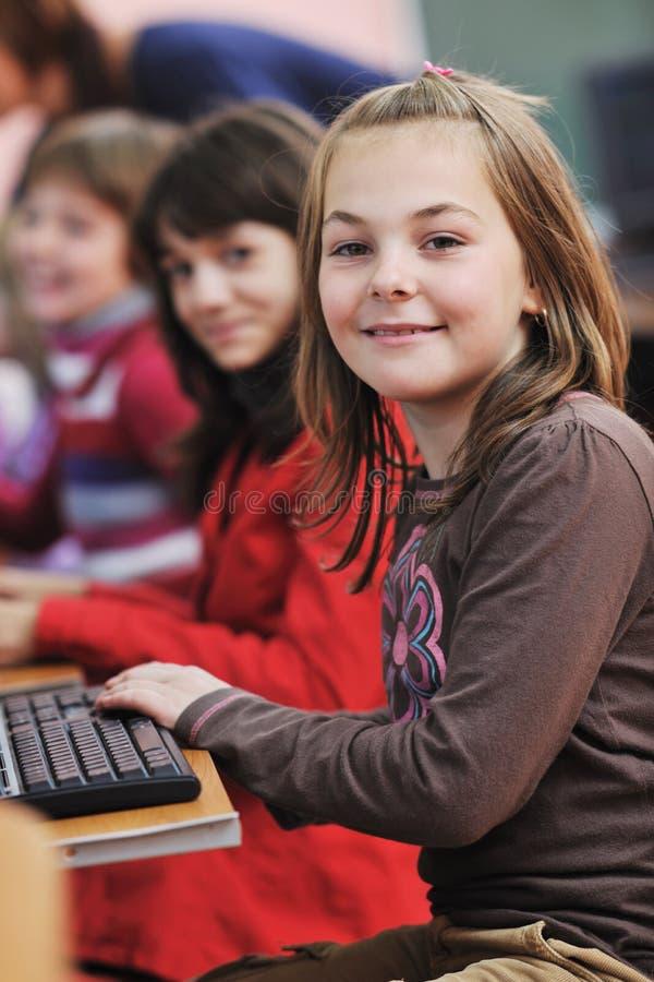Оно образование с дет в школе стоковые изображения