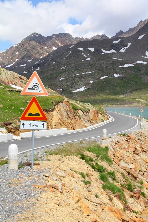 опасная дорога стоковое изображение rf