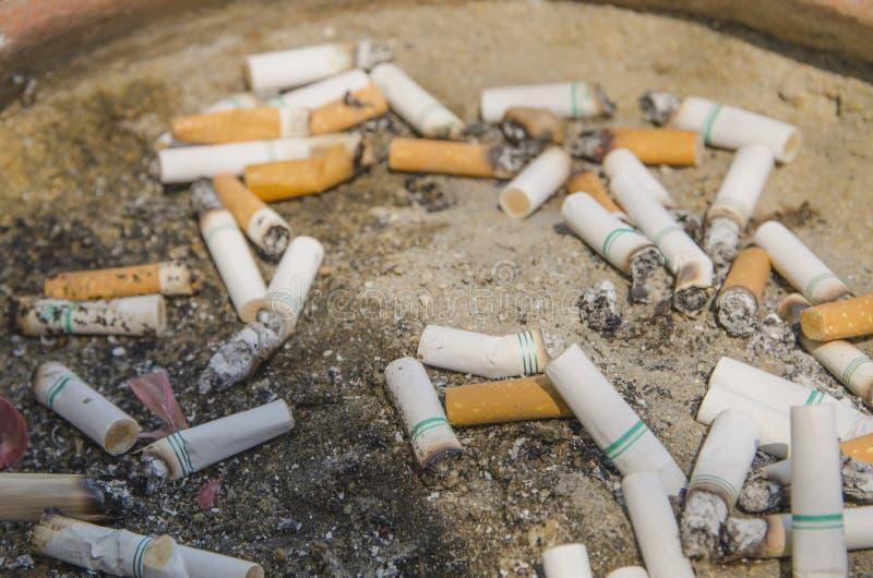 Опасность сигареты стоковое изображение