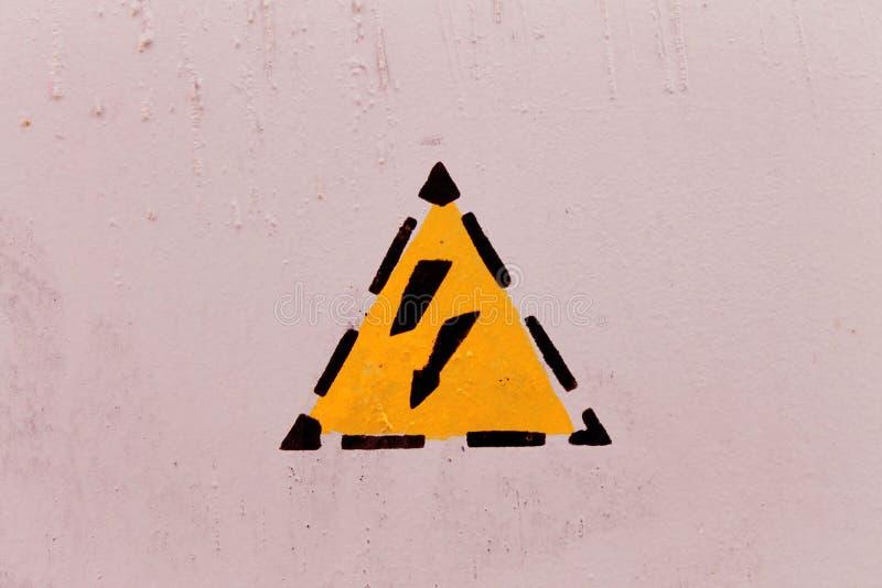 Опасность снаружи удара током стоковая фотография rf