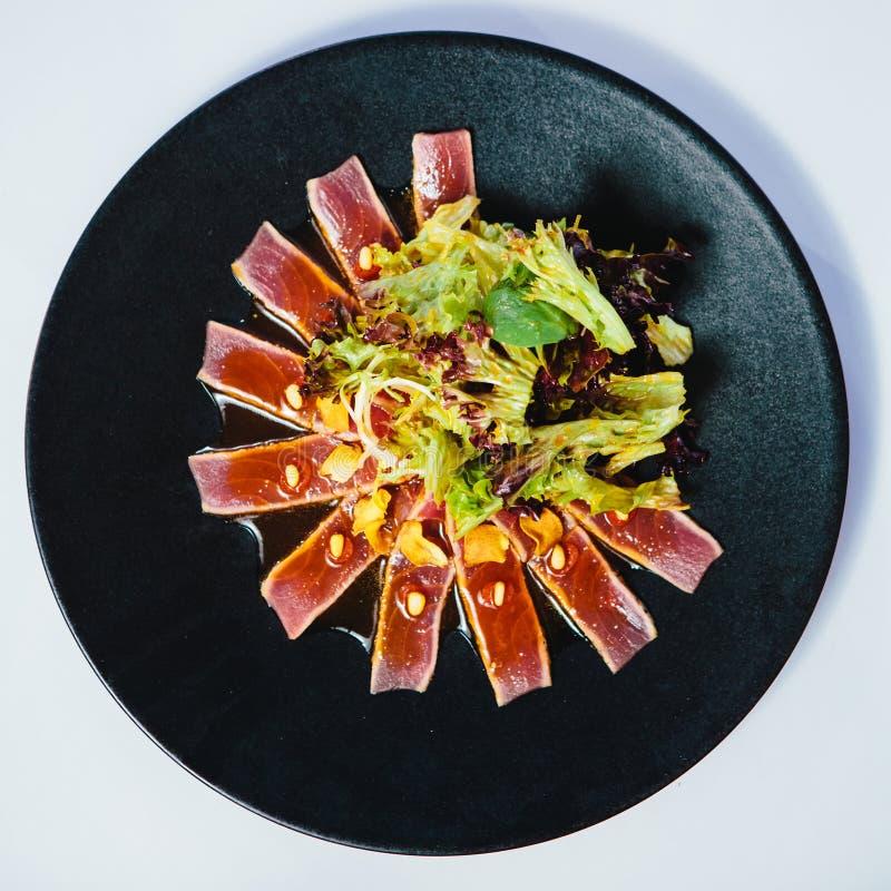 Опаленный стейк тунца стоковые фотографии rf