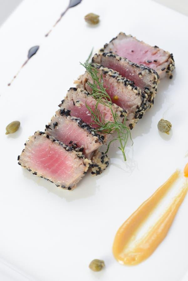 Опаленный тунец Ahi стоковая фотография