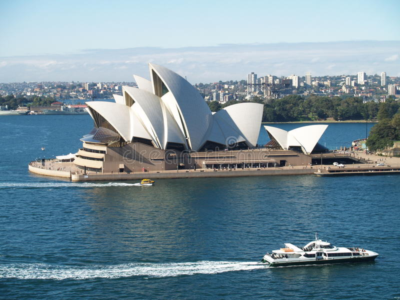 Download опера Сидней дома редакционное стоковое изображение. изображение насчитывающей ландшафт - 15233649