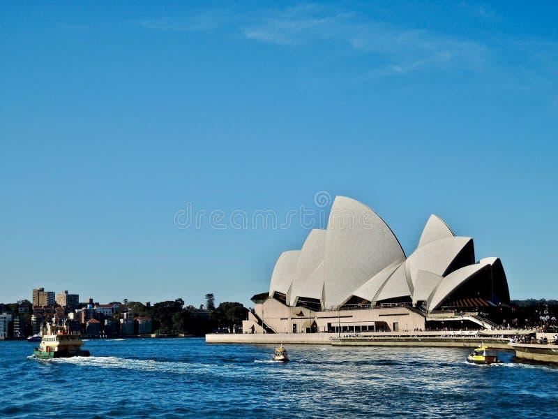 Оперный театр в Сиднее стоковое изображение rf